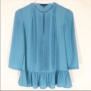 BANANA REPUBLIC BLUE FLUTTER BLOUSE SIZE XS